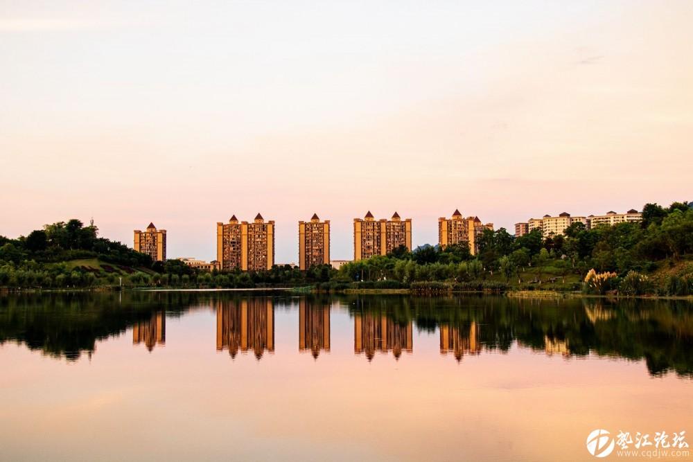 多彩牡丹湖